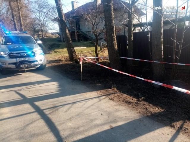 Policjanci zostali poinformowani o odnalezieniu niewybuchu w rejonie jednej z posesji w Międzyrzeczu Górnym przy ulicy Łowieckiej