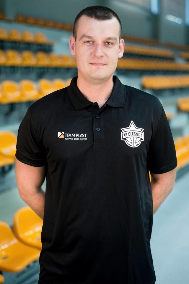 Piotr Gliniak, trener Team-Plast Koszykarski Klub Oleśnica