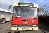 Zabytkowy Jelcz wciąż przewozi pasażerów MZK. To najstarszy autobus w Toruniu