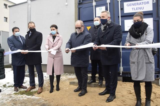 Uroczyste zakończenie projektu rozbudowy instalacji tlenowej w aleksandrowskim szpitalu.