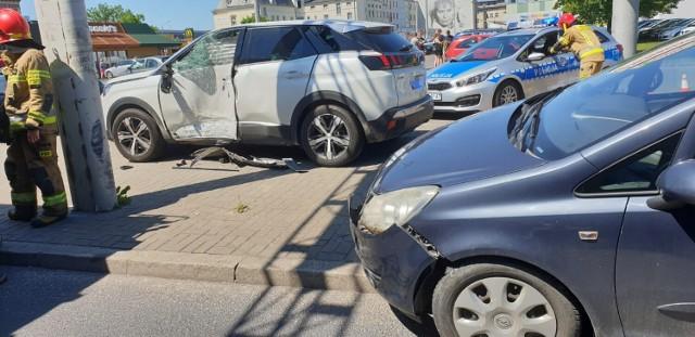 Wypadek na ul. Focha w Grudziądzu. Zderzyły się dwa samochody osobowe
