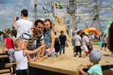 400 ton piachu na Łasztowni. Festiwal rzeźby w piasku i zabawa dla dzieci [ZDJĘCIA]