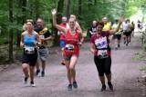 Bieg Barbórkowy w Rybniku - ZDJĘCIA. W upalny, sobotni poranek pokonały trudną, 10-kilometrową trasę w Kamieniu