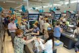Lidl podnosi pensje swoim pracownikom - sprawdź, ile będzie można zarobić w sklepie po planowanych podwyżkach