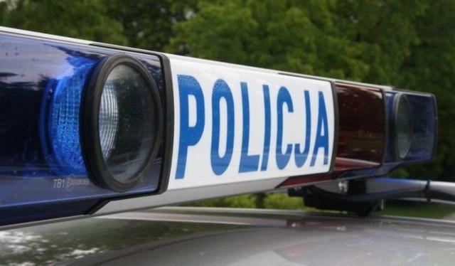 Dwa auta zderzyły się na trasie Międzychód - SKwierzyna.