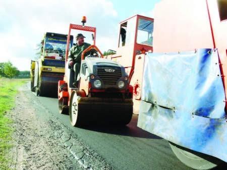 Sprawdzane będą wszystkie inwestycje na drogach powiatowych w latach 2005-07. fot. marcin pacyno