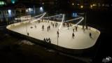 Lodowisko w Augustowie. Ostatnie dni aby skorzystać z lodowej tafli
