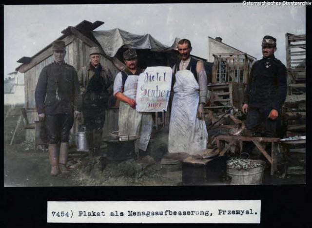 Poddane koloryzacji fotografie ze zbiorów Austriackiego Archiwum Państwowego przedstawiające Przemyśl i Twierdzę Przemyśl.