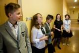 Egzamin ósmoklasisty w Lublińcu. Język polski zdawało 214 uczniów z pięciu szkół podstawowych na terenie miasta ZDJĘCIA