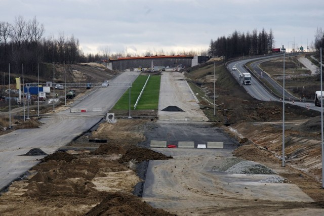 Trwa budowa drogi ekspresowej S3 pod Legnicą
