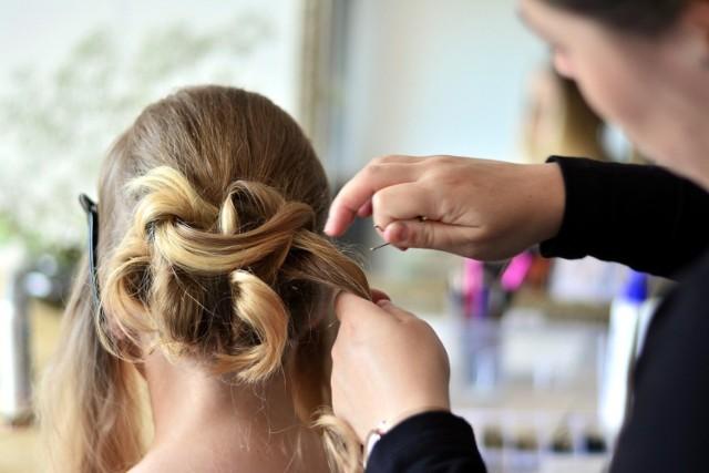Na podstawie głosów internautów przygotowaliśmy ranking salonów fryzjerskich w Golubiu-Dobrzyniu. Najlepsze studia fryzur poznasz z kolejnych slajdów w naszej galerii