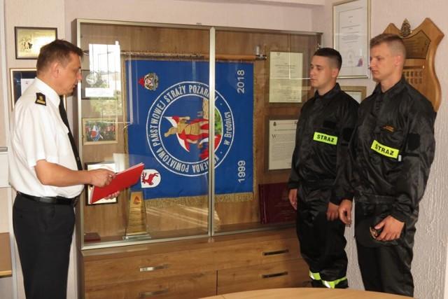 Wraz z 1 lipca służbę w Komendzie Powiatowej Państwowej Straży Pożarnej w Brodnicy rozpoczęło dwóch strażaków
