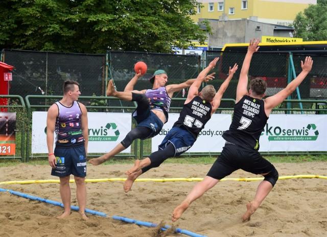 Eliminacje Mistrzostw Polski w Piłce Ręcznej Plażowej w Inowrocławiu