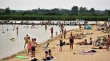 Mieszkańcy Chełma i okolic ochłodzenia szukali nad zalewem Żółtańce. Zobacz zdjęcia