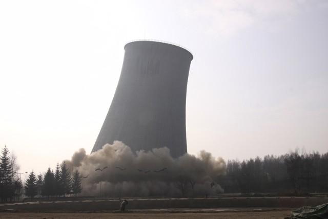 Elektrownia Turów. Wielki komin chłodni  nr 9 runął 8 marca