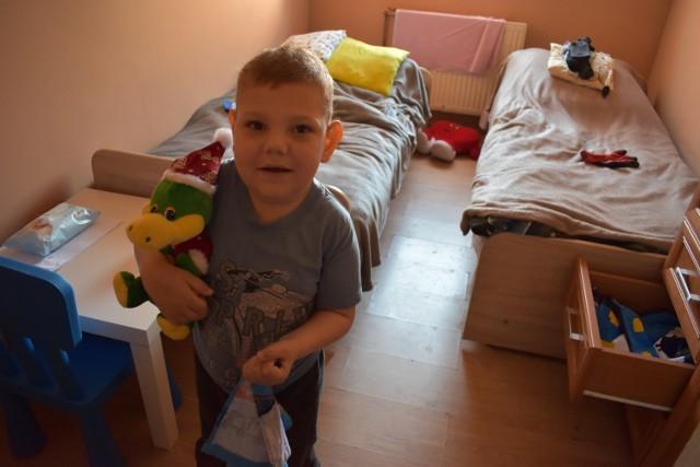 W zeszłym tygodniu w Dąbiu odbyła się akcja charytatywna na rzecz Oskara. 6-latek z Kosierza od urodzenia zmaga się z wieloma schorzeniami.
