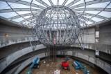To prawdopodobnie największa kropla świata. Zobacz, co zawisło w aquaparku w Szczecinie. ZDJĘCIA