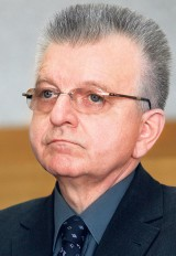 Biegli z Warszawy zbadają Andrzeja Pęczaka. Były poseł SLD na razie pozostanie na wolności