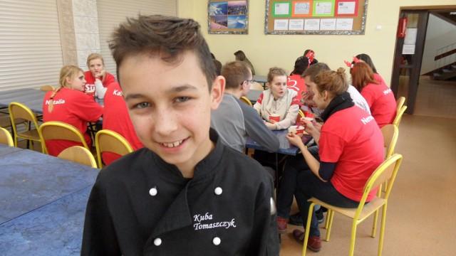 Kuba Tomaszczyk gotował dla Szlachetnej Paczki