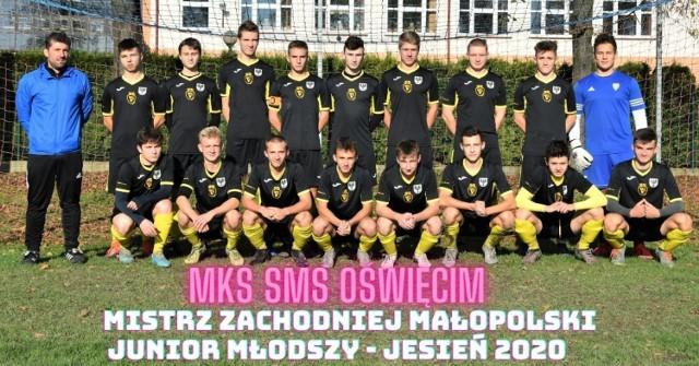 W ostatnim meczu rundy jesiennej, w klasie okręgowej zachodniej Małopolski, SMS Oświęcim pokonał Halniaka Maków Podhalański 6:0 (3:0), stawiając pieczęć na awansie do ligi wojewódzkiej.