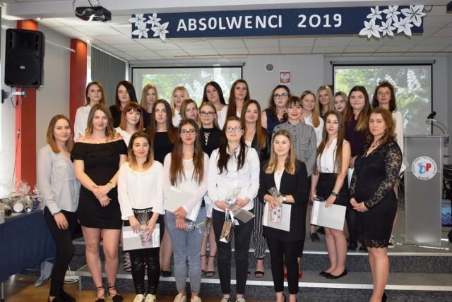Zakończenie szkoły maturzystów w Zespole Szkół Politechnicznych w Śremie
