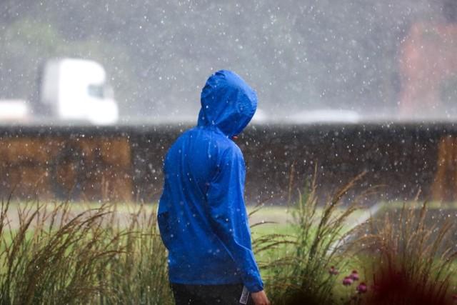 Uwaga na ulewny deszcz i burze w Małopolsce!