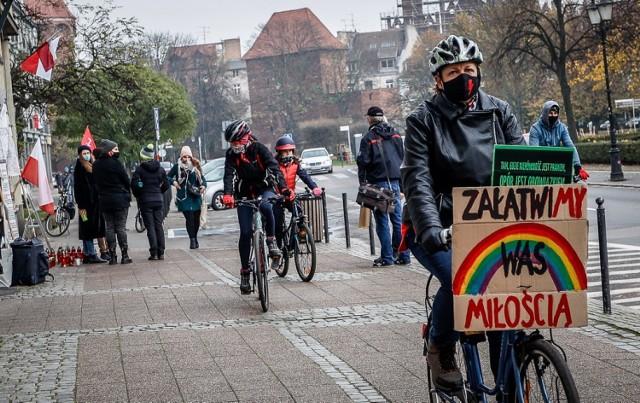 Przejazd rowerowy w ramach Strajku Kobiet w Gdańsku, 14.11.2020