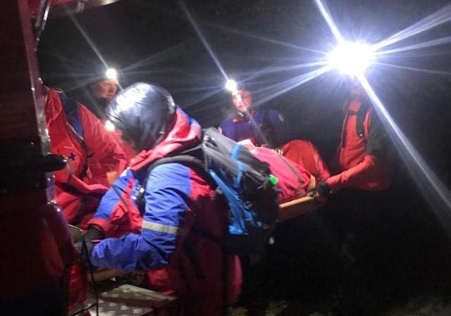Ratownicy Grupy Beskidzkiej GOPR ostatnio wzięli udział w dwóch akcjach poszukiwawczych spowodowanych przez turystów, którzy byli pod wpływem alkoholu.