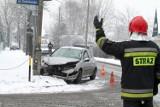 Seria wypadków drogowych w Kujawsko-Pomorskiem. Nawet pług do odśnieżania zaliczył kolizję