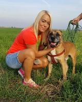 Wicemistrzyni olimpijska odwiedziła psiaki z przytuliska w Gołuchowie