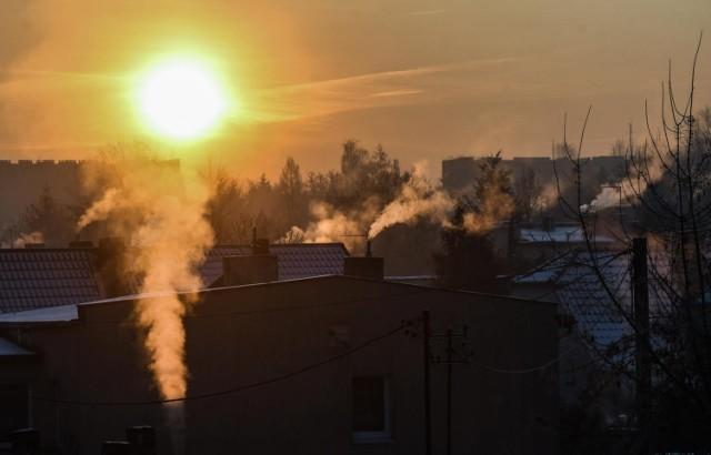 Walka ze smogiem. Ranking PAS i NFOŚ ma zmobilizować gminy do szybszej wymiany kocpiuchów
