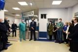 W Miejskim Szpitalu Zespolonym w Częstochowie odsłonięto tablicę poświęconą Iwonie Fijak. Ordynator SOR-u zmarła z powodu koronawirusa