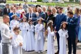 Uczniowie ze szkół w Fordonie przyjęli pierwszą komunię świętą w Parafii św. Marka w Bydgoszczy [zdjęcia]