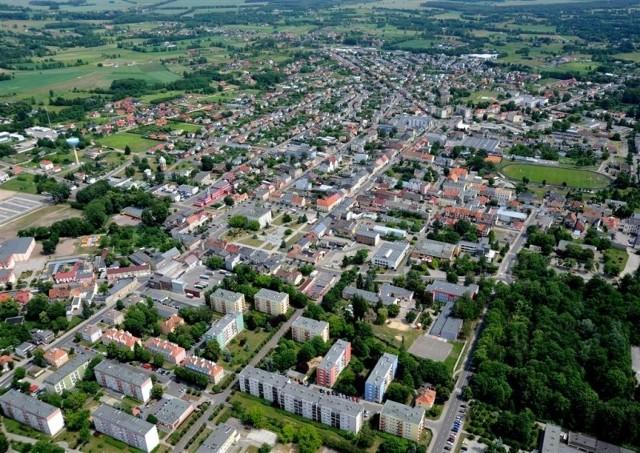 Seria zdjęć została wykonana została w czerwcu 2012 roku. Zdjęcia zostały zrobione na zamówienie nowotomyskiego Urzędu Miejskiego, których autorem jest Zbigniew Tomczak Studio Foto-Video ZET z Piły. Zobaczcie, jak od 2012 roku zmienił się krajobraz Nowego Tomyśla.