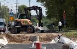 Grudziądz. Nawet w niedzielę prowadzone są prace na budowie torowiska tramwajowego przy osiedlu Rządz. Zobacz zdjęcia