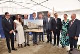 Osiedle Termalne w Poddębicach. Powstać ma 200 nowych komfortowych mieszkań. Bloki zostaną wybudowane przy ul. Targowej ZDJĘCIA WIZUALIZACJE