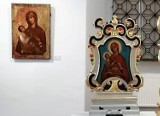 Chełm. Eksponowane obrazy Matki Boskiej Chełmskiej sprowadzone zostały z całej Polski