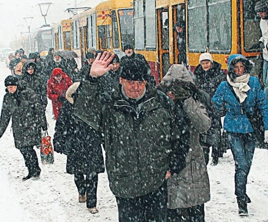 Śnieżyca sparaliżowała Łódź, jednodniowa klęska żywiołowa –...