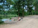 Gdzie nad jezioro? Jeziora Babskie: Jezioro Baba, usytuowane w lesie. Propozycja na wycieczkę w gronie rodziny lub w samotności  [FOTO]