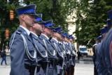 Święto Policji w Częstochowie ZDJĘCIA Na Placu Biegańskiego wręczono awanse służbowe 255 policjantom