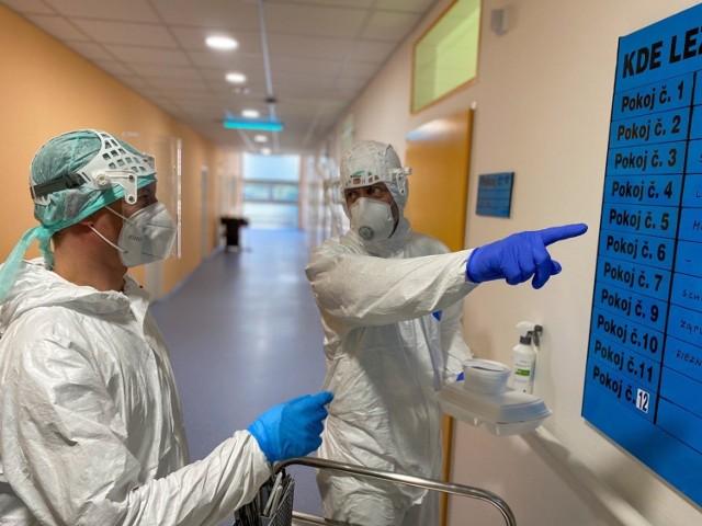 Minionej doby w Czechach potwierdzono 9,5 tys. nowych zakażeń koronawirusem.