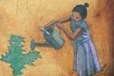 Mała dziewczynka z konewką w Białymstoku. Wiedzieliście, że taki mural istnieje? (zdjęcia)