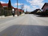 Ulica Kasztanowa w Żukowie po odbiorze. Powstało 270 m betonowej nawierzchni