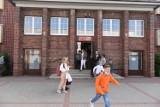 Toruńska SP nr 14 będzie nosić imię Błękitnej Armii. Sztandar dla szkoły ufundowała Polonia amerykańska