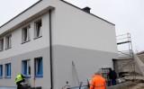 Budowa budynku socjalnego w Łęczycy przebiega zgodnie z planem (ZDJĘCIA)