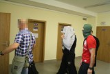 Kryminalne wpadki policjantów z Małopolski. Nieuprawnione użycie broni, łapówki, współpraca z kibolami i ochrona agencji towarzyskich