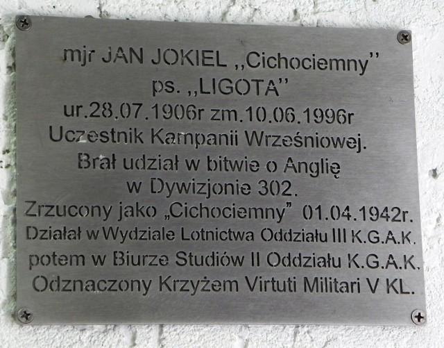 Tablica upamiętniająca por. Jana Jokiela na sopockiej Kwaterze Armii Krajowej.