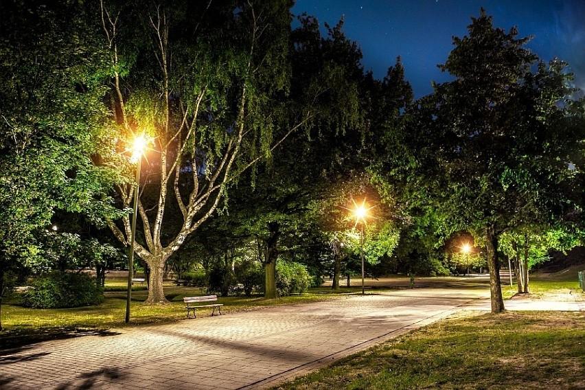 Oświetlenie Led Owe Rozbłyśnie W Całym Mieście Dąbrowa