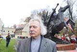 Z pracowni krakowskiego artysty Czesława Dźwigaja wyszło w świat ponad siedemdziesięciu papieży