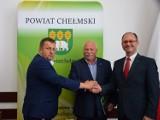 Powiat  chełmski. Radni udzielili absolutorium i  wotum zaufania Zarządowi Powiatu za 2019 rok - zobaczcie zdjęcia